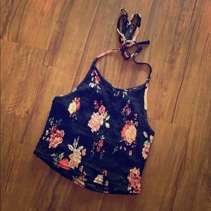 Stretchy Floral Crop Top